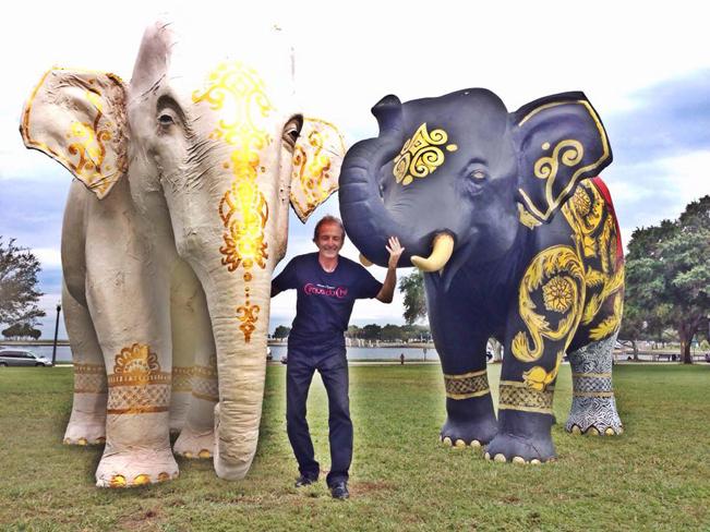 CirqueduChill_Elephants